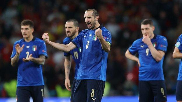 EURO 2020: Η Ιταλία πρωταθλήτρια Ευρώπης – Νίκησε στα πέναλτι την Αγγλία (vid)