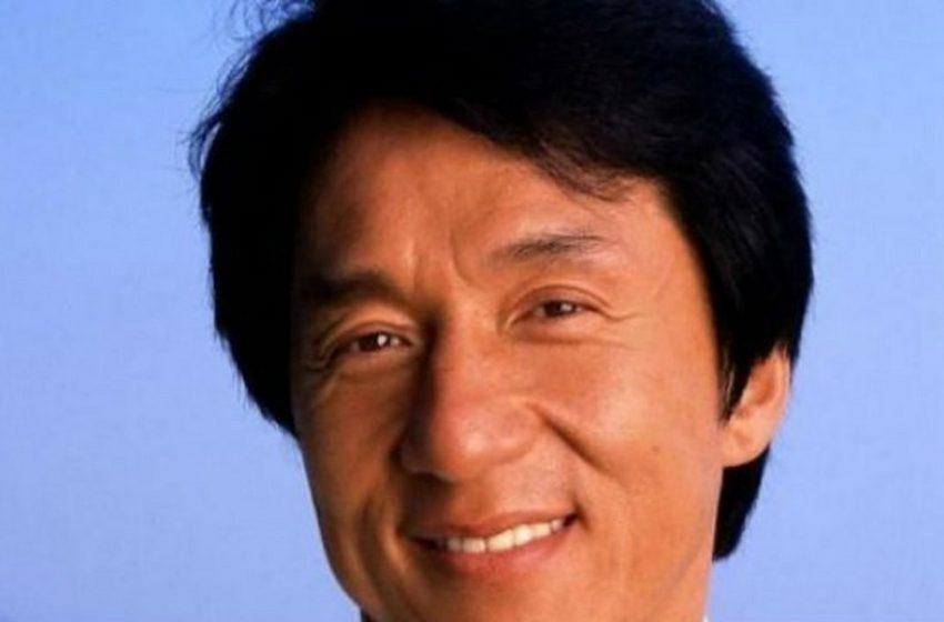 Ο διάσημος ηθοποιός Τζάκι θέλει να γίνει μέλος του Κομμουνιστικού Κόμματος της Κίνας
