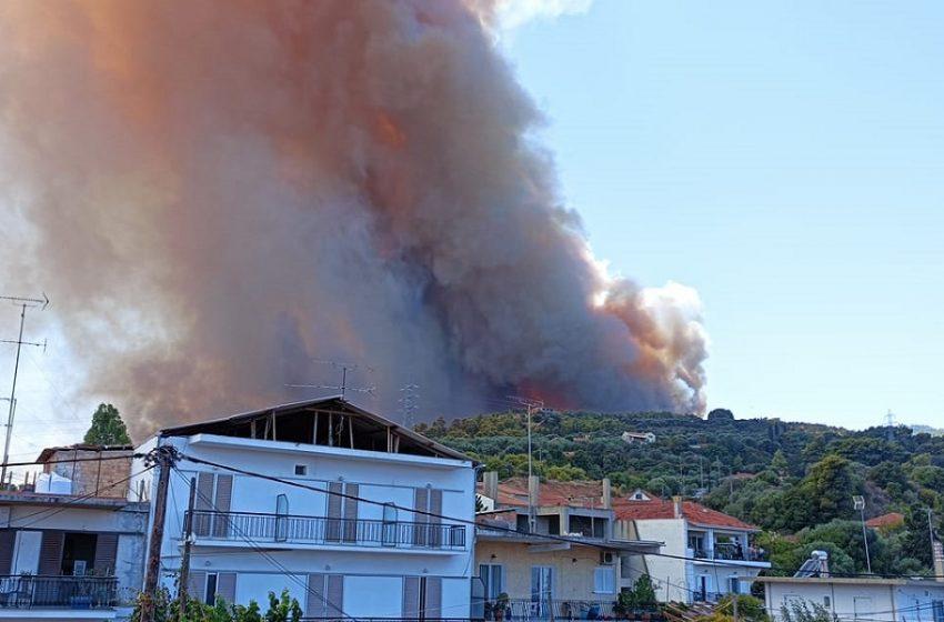 Ανεξέλεγκτη φωτιά στη Ζήρια Αχαΐας – Εκκένωση οικισμών-Κάηκαν σπίτια-Απομακρύνθηκαν παιδιά από κατασκήνωση-Κλειστή η γέφυρα Ρίου-Αντιρρίου (vid & εικόνες)