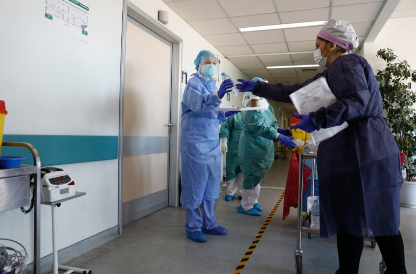 Πέθανε από Covid-19 ανεμβολίαστος τραυματιοφορέας του Λαϊκού Νοσοκομείου