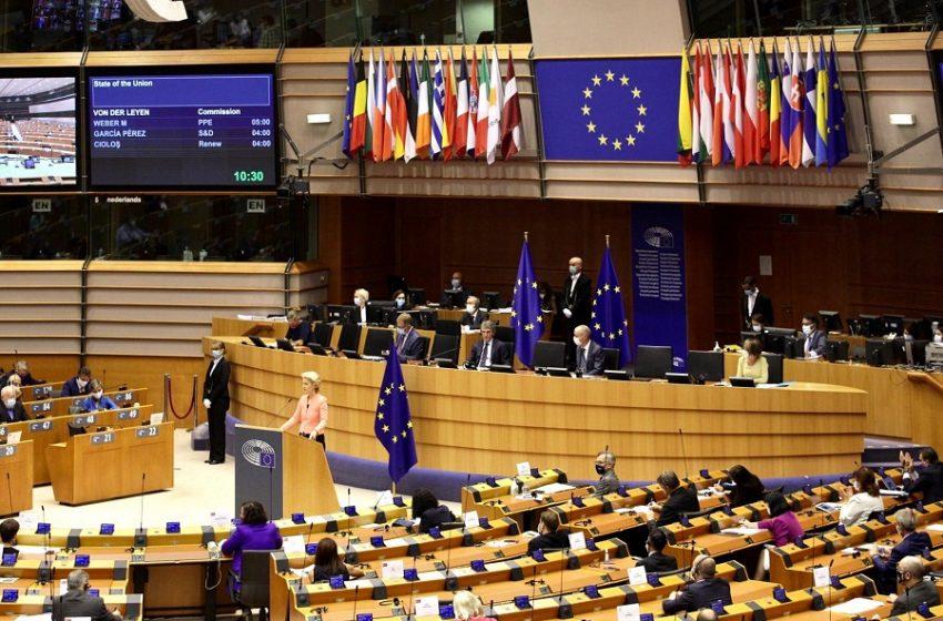 Κοροναϊός: Η ΕΕ αίρει τους ταξιδιωτικούς περιορισμούς για τον Καναδά και άλλες 9 χώρες