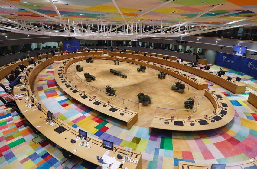 Ιστορικό σχέδιο της Κομισιόν για την απαλλαγή της οικονομίας από τον άνθρακα και την καταπολέμηση της κλιματικής αλλαγής