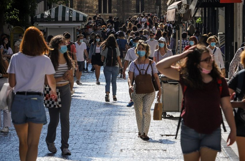 Κοροναϊός: Σοκ με 2.327 κρούσματα – 142 οι διασωληνωμένοι, 2 νέοι θάνατοι