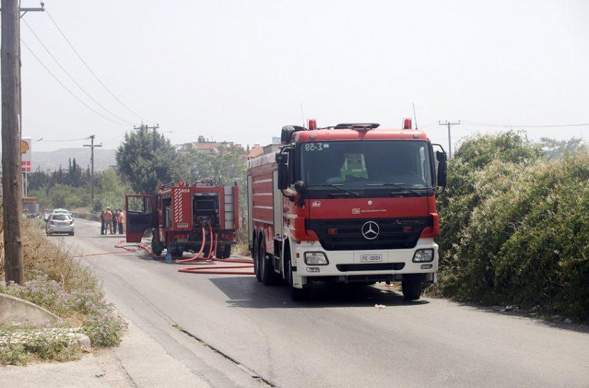 Συναγερμός στην Πάρνηθα: Κεραυνοί προκάλεσαν εστίες πυρκαγιάς