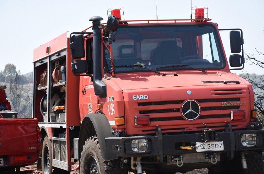 Φωτιά στη Μηχανιώνα Θεσσαλονίκης