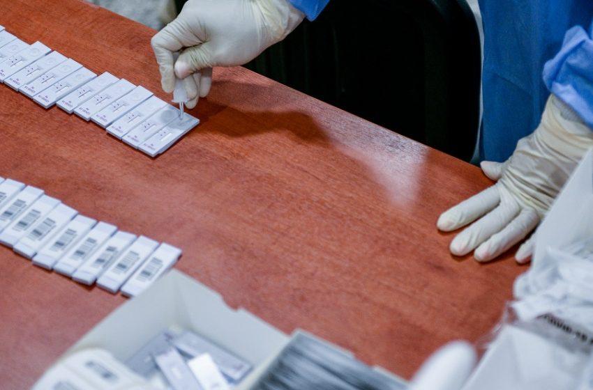 Ανησυχία για τη μετάλλαξη Delta: Εντοπίστηκε στο 40% των κρουσμάτων στη Γαλλία