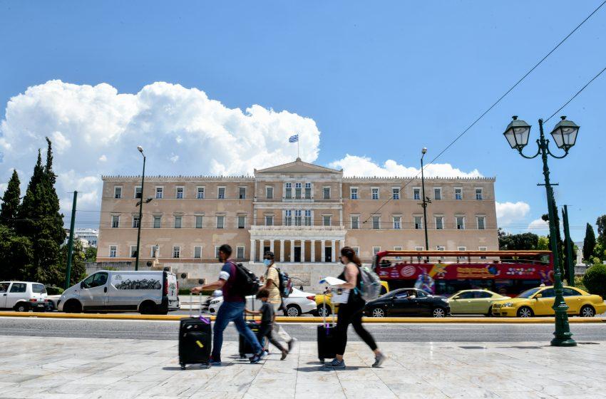 """Ο χάρτης του κοροναϊού στην Ελλάδα: """"Κόλαση"""" η Αττική με 1.607 νέα κρούσματα"""