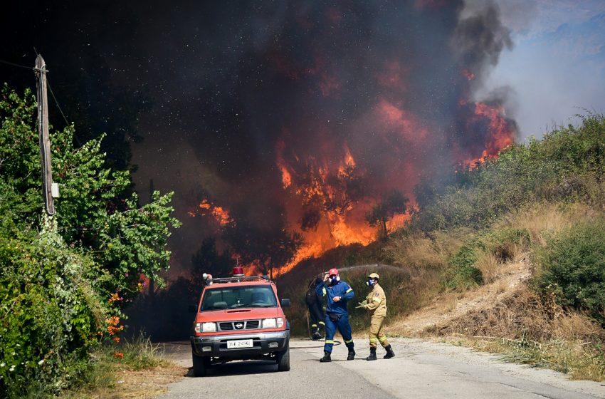 Πάτρα: Σε ετοιμότητα δύο νοσοκομεία λόγω της φωτιά στη Ζήρια