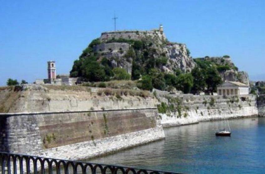 Κέρκυρα: Γυναίκα έπεσε και σκοτώθηκε από ύψος 15 μέτρων δίπλα από το Παλιό Φρούριο