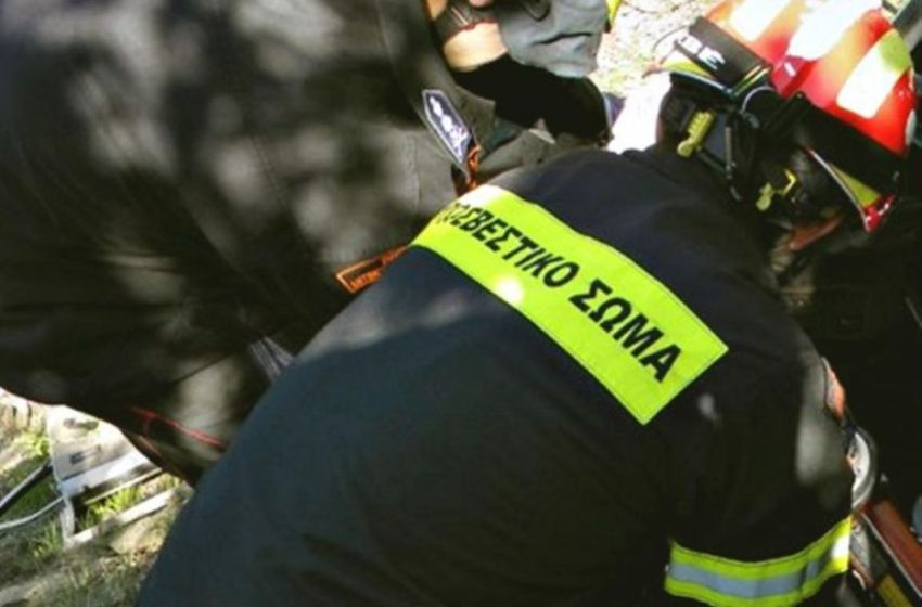 Δίνουν μετάθεση σε 7 πυροσβέστες στην Κρήτη επειδή αρνήθηκαν να κάνουν το εμβόλιο