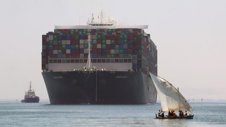 Σουέζ: Το Ever Given σήκωσε άγκυρες και κατευθύνεται προς την Μεσόγειο