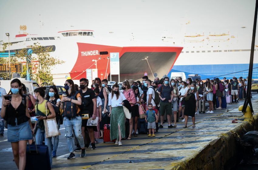 Παγώνη : Οπωσδήποτε rapid test σε όλους όσοι επιστρέφουν από τα νησιά