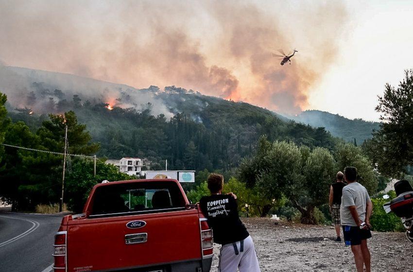 Σάμος: Καλύτερη η εικόνα από το μέτωπο της φωτιάς