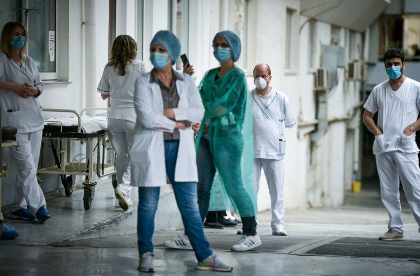 Υποχρεωτικός εμβολιασμός: Αναστολή εργασίας σε υγειονομικούς που δεν θα πειθαρχήσουν – Ανακοινώσεις από Κικίλια, Γεωργιάδη, Πιερρακάκη