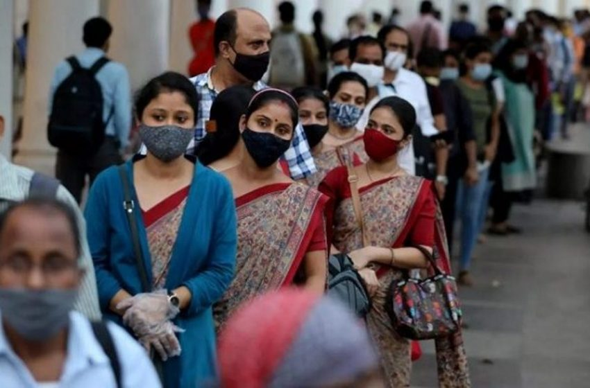 Ινδία: Ξεπέρασαν τα 43.700 τα νέα κρούσματα κοροναϊού στη χώρα