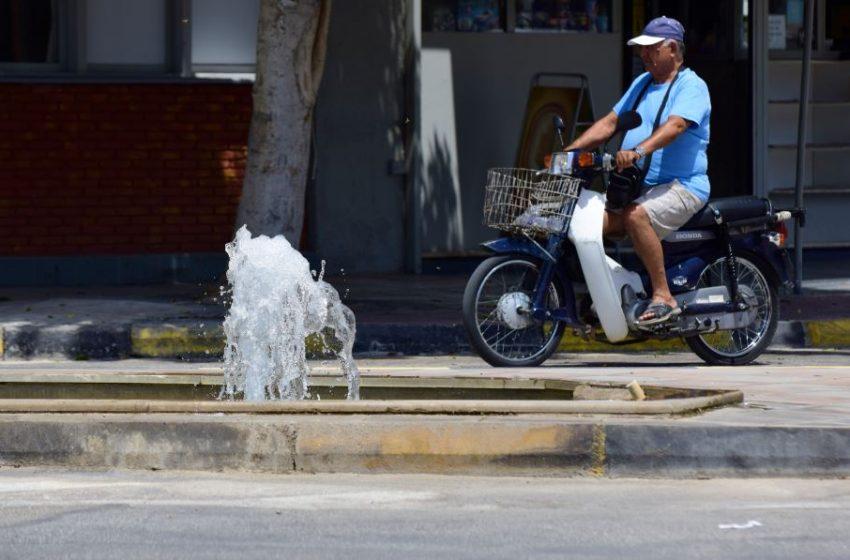 Καύσωνας: Ποιοι δημόσιοι υπάλληλοι δεν θα πάνε στις δουλειές τους – Σε γραμμή… ΣΥΡΙΖΑ η κυβέρνηση