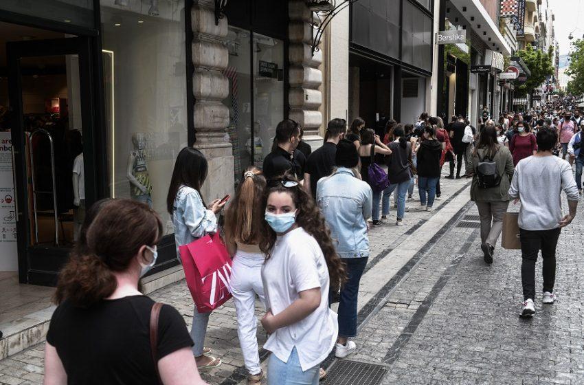 """Τζανάκης: Φρένο στην """"κυματολογία""""  – Θα πρέπει να δούμε εάν η επιδημική έξαρση θα εξελιχθεί σε 4ο κύμα"""