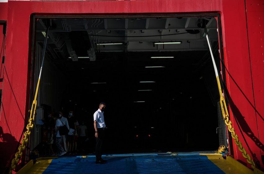 Μετά το lockdown, αναζητείται το plan b για τη διαχείριση της έξαρσης κρουσμάτων στα νησιά – Η απάντηση Χαρδαλιά στο libre