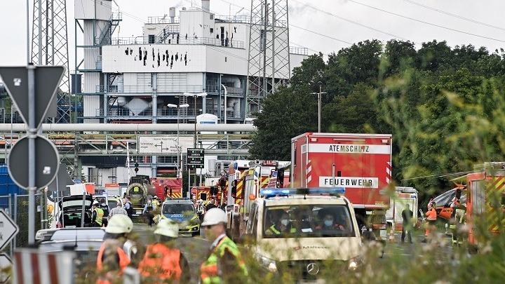 Γερμανία: Ένας νεκρός, 16 τραυματίες και 4 αγνοούμενοι από την έκρηξη σε εργοστάσιο