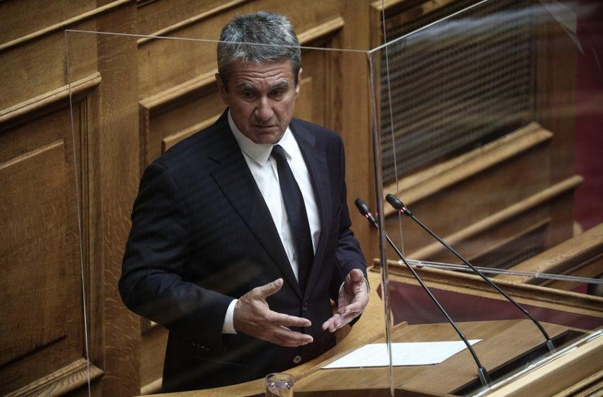 Λοβέρδος: Να μην έρχονται στη Βουλή όσοι βουλευτές δεν έχουν εμβολιαστεί (vid)