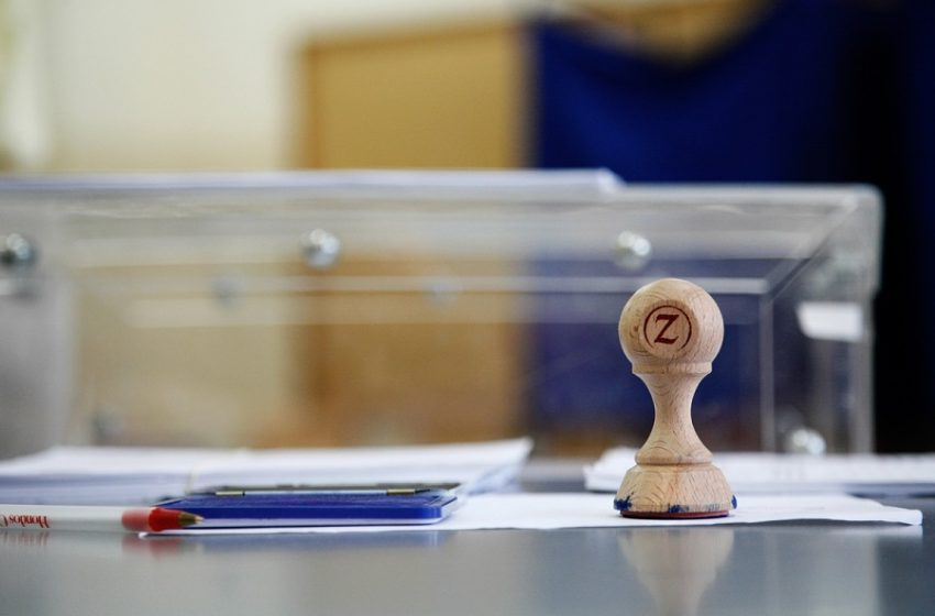 Τάσεις MRB: Επιστροφή στα προβλήματα- Μειώνεται η εμπιστοσύνη για τη διαχείριση της πανδημίας – Πού είναι η διαφορά ΝΔ-ΣΥΡΙΖΑ