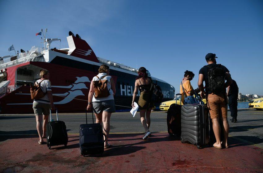 Ανατροπή με τους ελέγχους στα πλοία – Αναλαμβάνει το λιμενικό