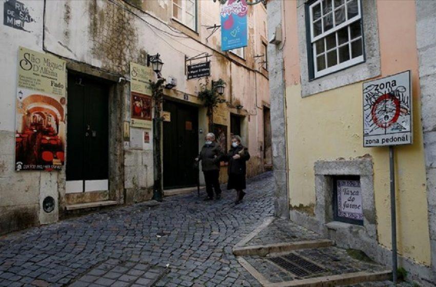 Πορτογαλία: Αίρεται η νυχτερινή απαγόρευση κυκλοφορίας, παραμένουν οι μάσκες