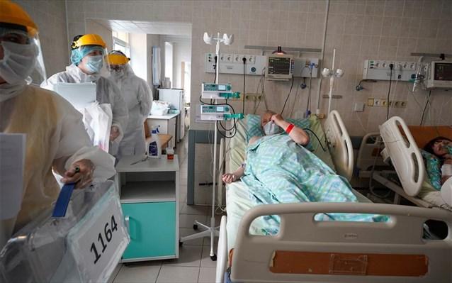 Σαρώνει η μετάλλαξη «Δέλτα» τη Ρωσία: 24.818 νέα κρούσματα και 734 νεκροί