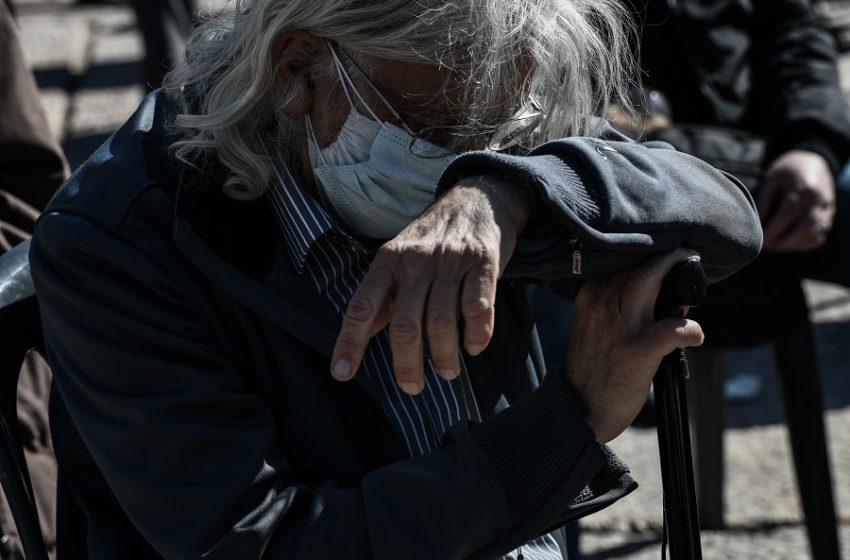"""Αναδρομικά συνταξιούχων: Η ώρα της """"λυπητερής"""" με φόρους έως και 55%"""