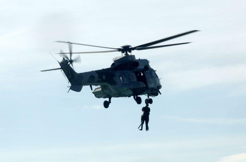 Χωρίς τις αισθήσεις του εντοπίστηκε ο αγνοούμενος αεροπτεριστής – επιχειρούν ελικόπτερα για την ανάσυρση του