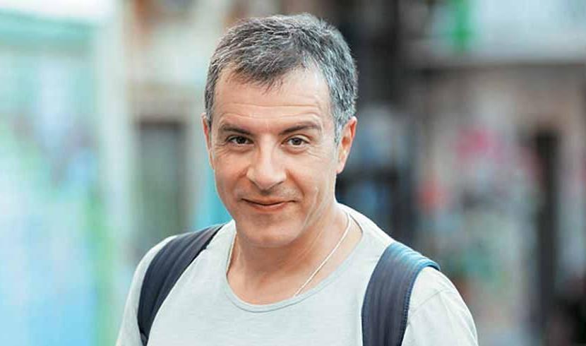 Επιστρέφει στην τηλεόραση ο Σταύρος Θεοδωράκης