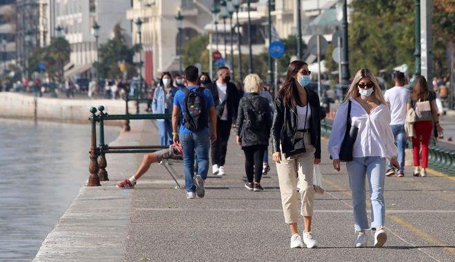 Υγειονομική βόμβα, ξανά, η Θεσσαλονίκη- Ζέρβας: Αυξήθηκαν κατά 250% τα ενεργά κρούσματα σε μια εβδομάδα