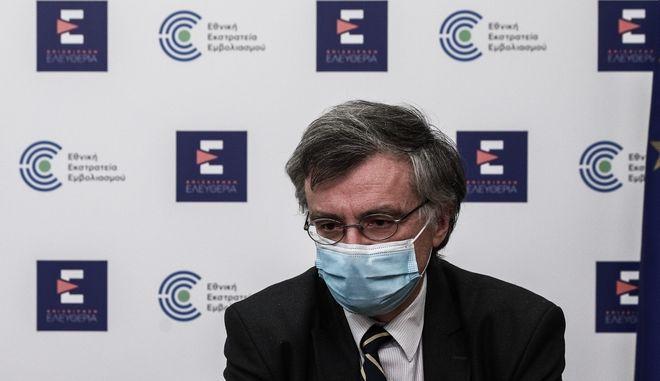 Το μήνυμα του Σωτήρη Τσιόδρα στους αντιεμβολιαστές- Τι είπε για τα fake news