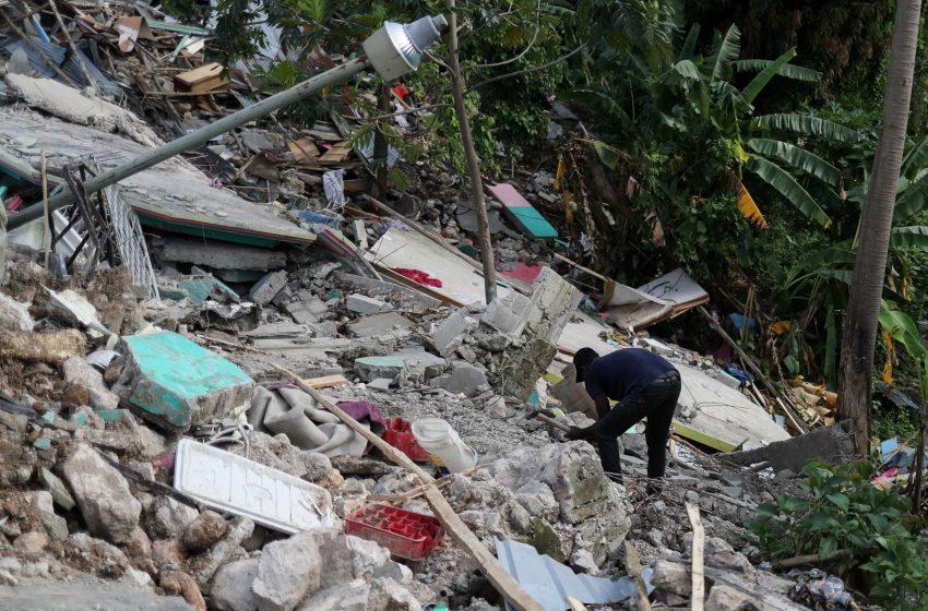 Σεισμός στην Αϊτή: Οι νεκροί ξεπέρασαν τους 2.200