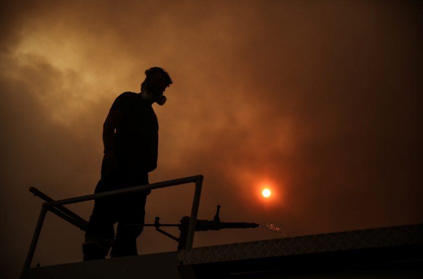 Βαρυμπόμπη: Οι τρεις αιτίες που πήρε διαστάσεις η πυρκαγιά – Ανάλυση Λέκκα