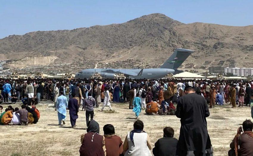 Πληροφορίες των μυστικών υπηρεσιών ότι σχεδιάζεται επίθεση αυτοκτονίας στο αεροδρόμιο της Καμπούλ