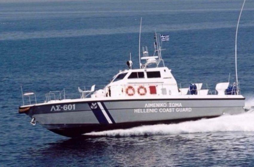 Θεσσαλονίκη: Ρυμουλκήθηκε ακυβέρνητο σκάφος στο λιμάνι της Επανομής