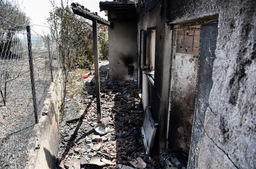 Στην Πάτρα αύριο ο Πέτσας για τις καταστροφές από την πυρκαγιά