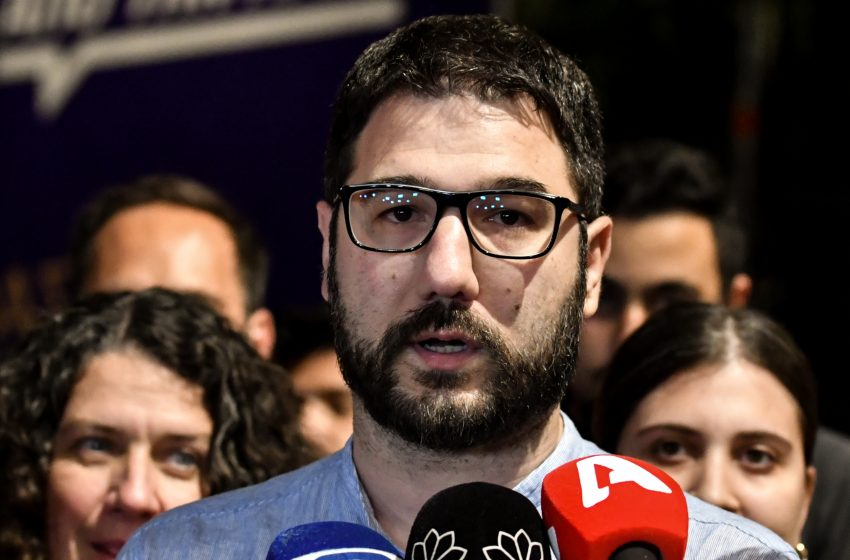 """Ηλιόπουλος: """"Ο χρόνος του κ. Μητσοτάκη τελειώνει, δουλειά μας να το επιταχύνουμε"""""""