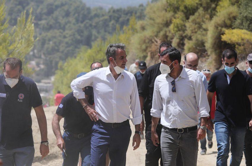 Στο μέτωπο των πυρκαγιών της Βαρυμπόμπης μεταβαίνει ο Μητσοτάκης
