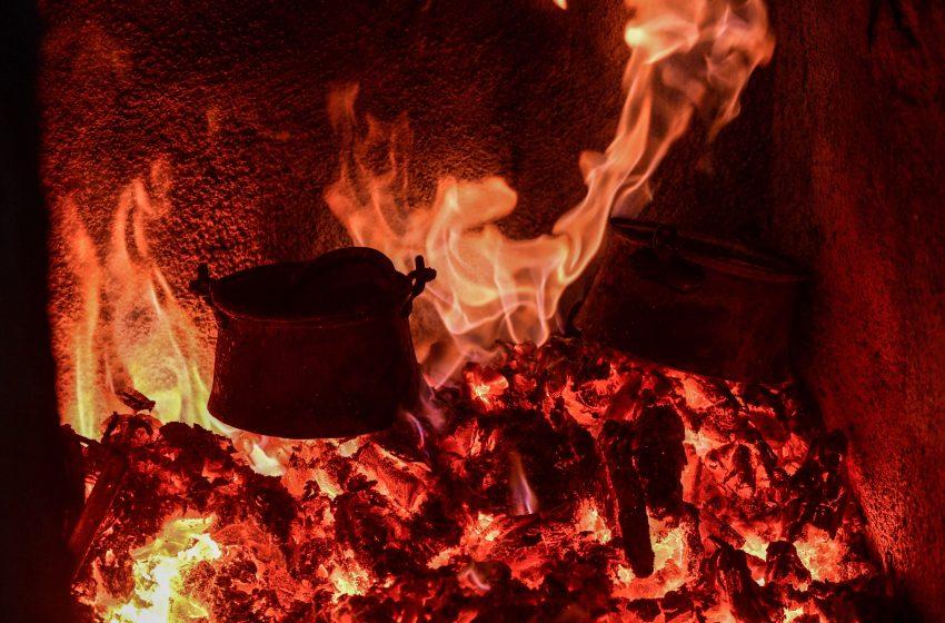 Πολύ υψηλός κίνδυνος πυρκαγιάς αύριο σε Αττική και Εύβοια