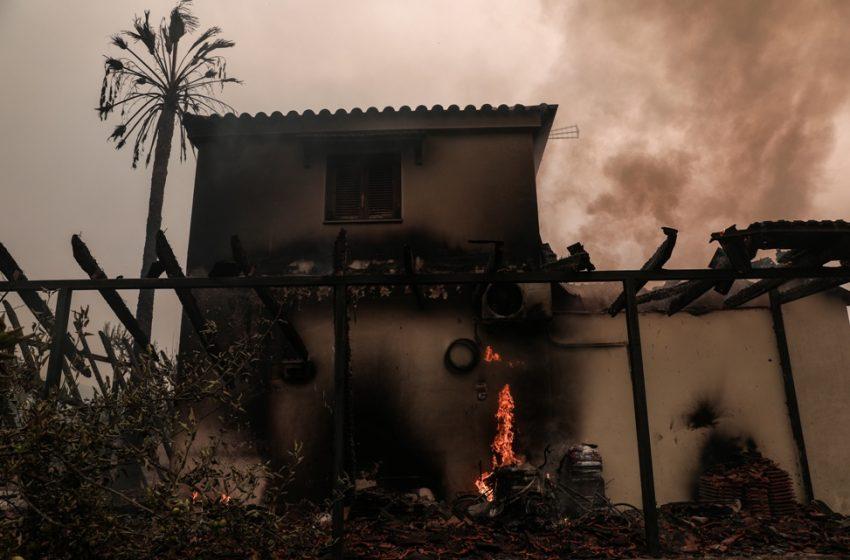 Ηλιόπουλος: Αντί για αποζημιώσεις, θα βρεθούνε χρεωμένοι στο τέλος οι πυρόπληκτοι