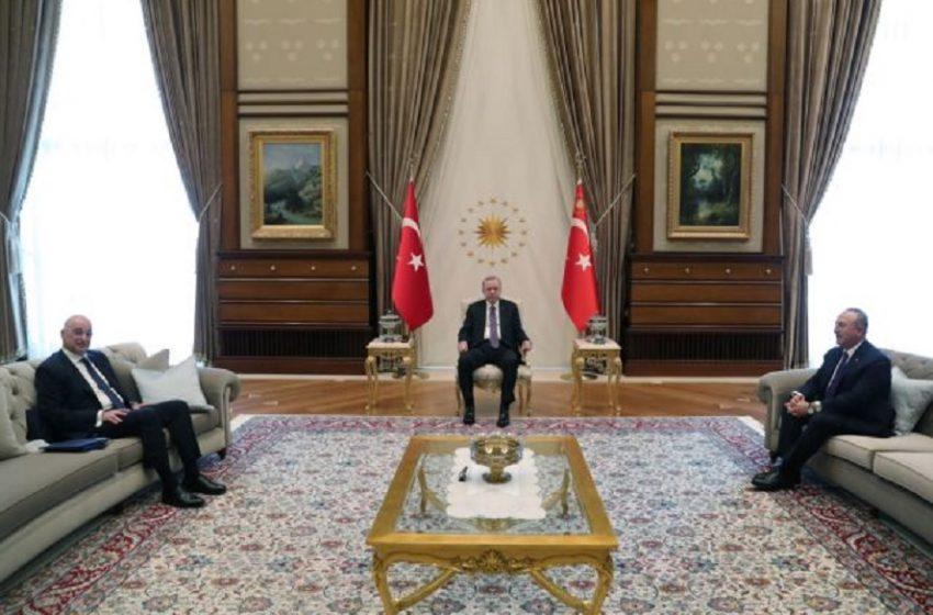 Δένδιας: Η Τουρκία τείνει να πάρει οριστικό διαζύγιο με τη διεθνή νομιμότητα