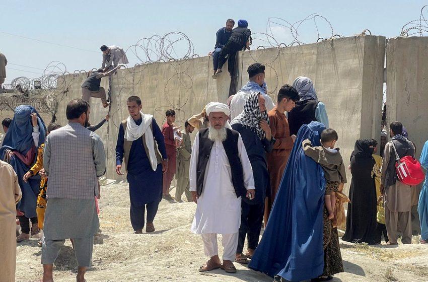 Guardian: Αφγανοί πρόσφυγες μεταφέρονται σε Αλβανία, Κοσσυφοπέδιο και Βόρεια Μακεδονία