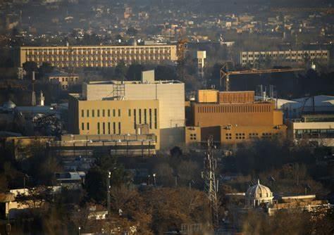 Καμπούλ: Οι Αμερικανοί εγκαταλείπουν την πρεσβεία με ελικόπτερα (vid)