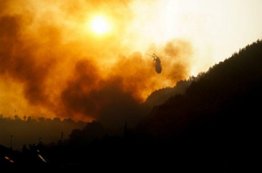 Πύρινος εφιάλτης στην Αρχαία Ολυμπία: Καίγονται σπίτια – Εκκενώνονται οικισμοί – Πληροφορίες για εγκλωβισμένους