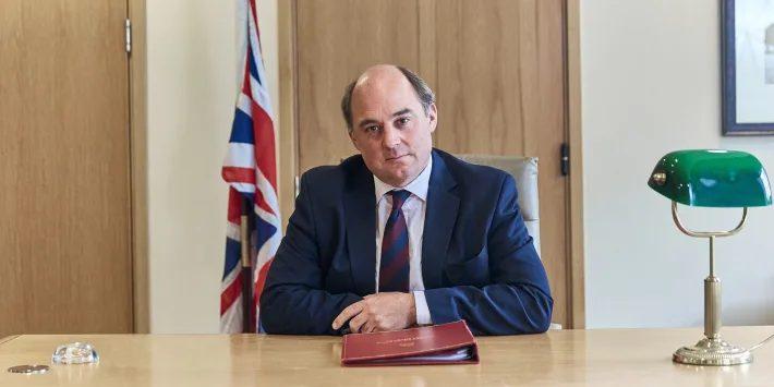 """Βρετανία: """"Το Αφγανιστάν βαίνει προς εμφύλιο"""" – Αποσύρεται το διπλωματικό προσωπικό ΗΠΑ και Βρετανίας"""