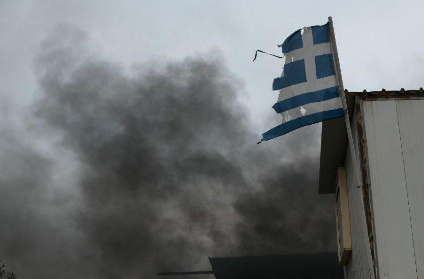 Διεθνή ΜΜΕ: Η Ελλάδα στις φλόγες, οι φωτιές εξαφανίζουν τμήματα της χώρας