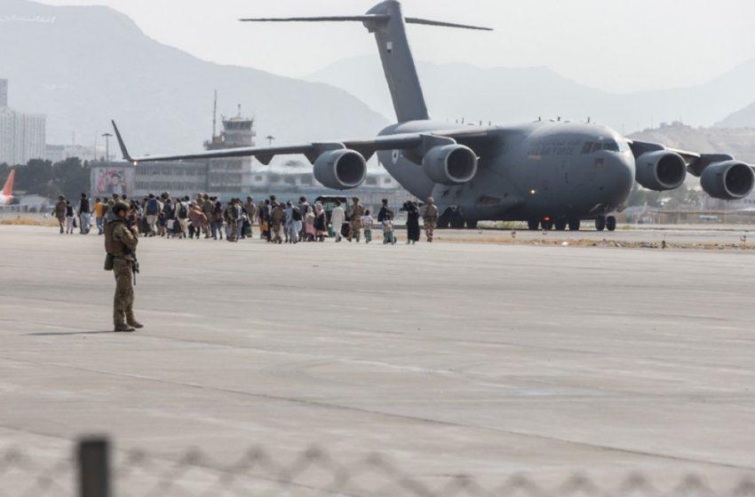 Σήμερα τερματίζεται η βρετανική επιχείρηση απομάκρυνσης αμάχων από το Αφγανιστάν