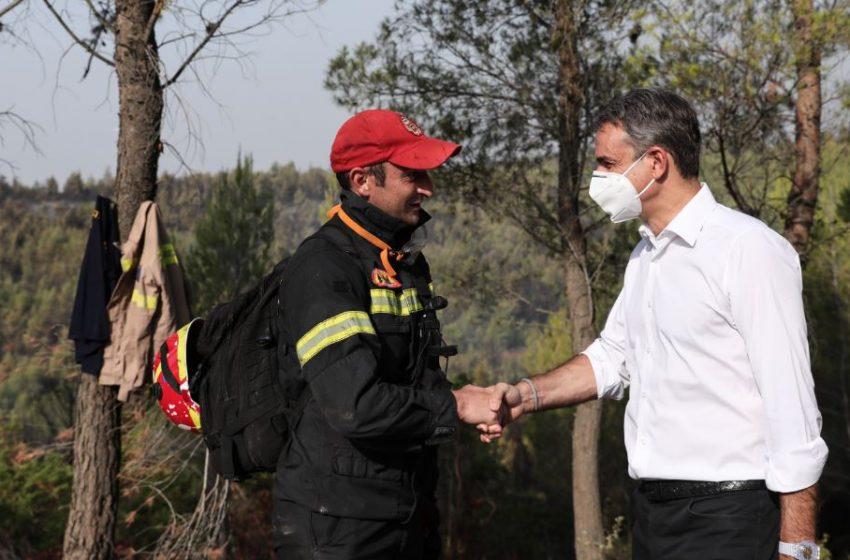 Μητσοτάκης: Οι πολίτες που είδαν τα σπίτια τους να καταστρέφονται και οι παραγωγοί θα αποζημιωθούν